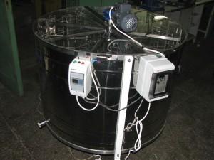 Centrifuga reversibila electrica